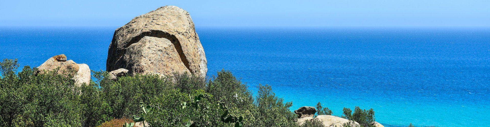 Blick auf das türkise Meer