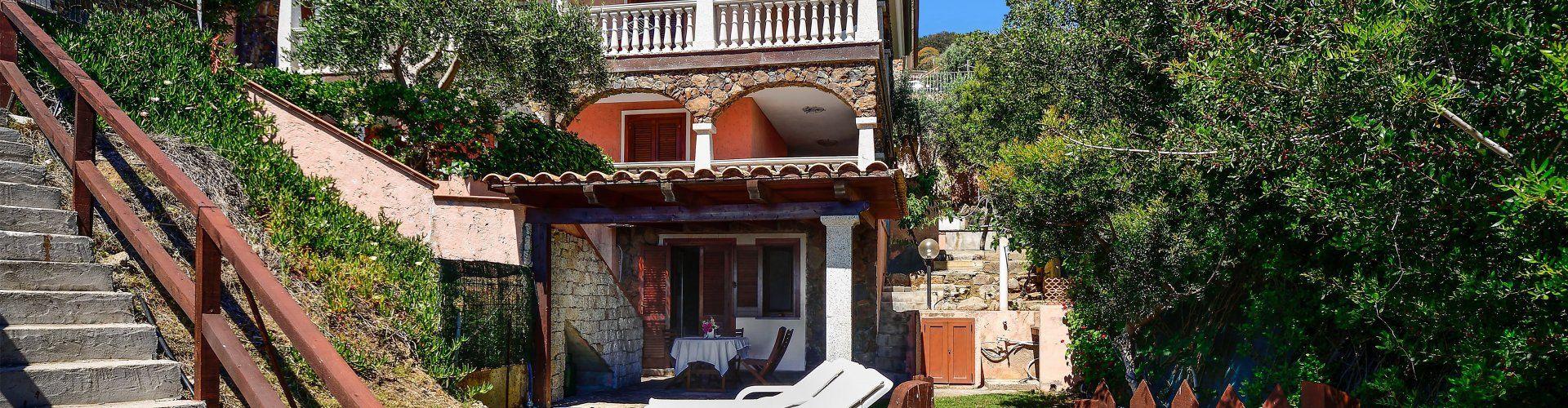 Souterrainwohnung umgeben von Macchia an der Costa Rei