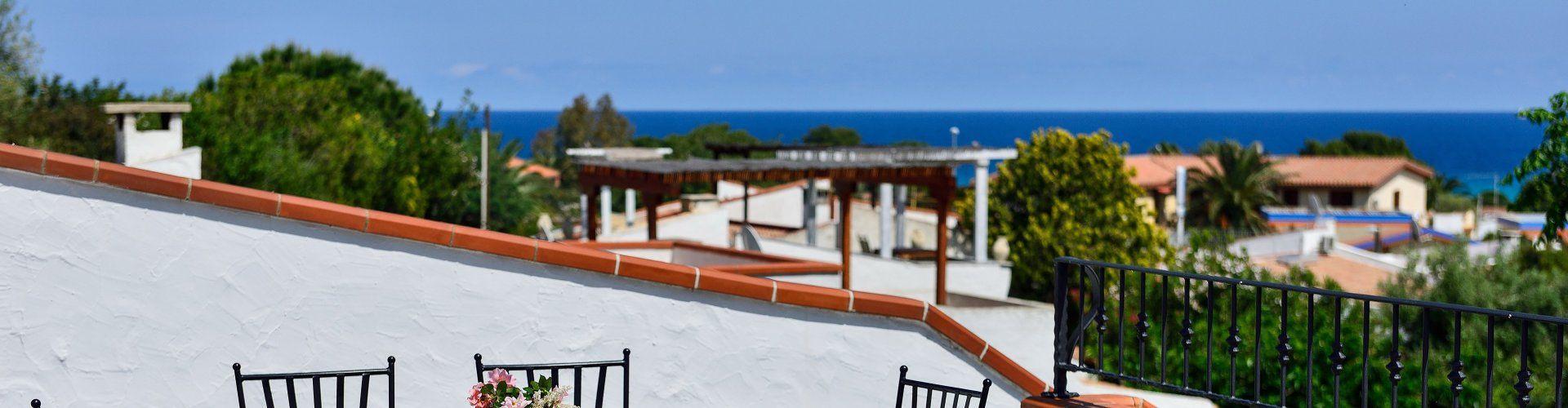 Strandnahe Villa mit Garten und Dachterrasse an der Costa Rei