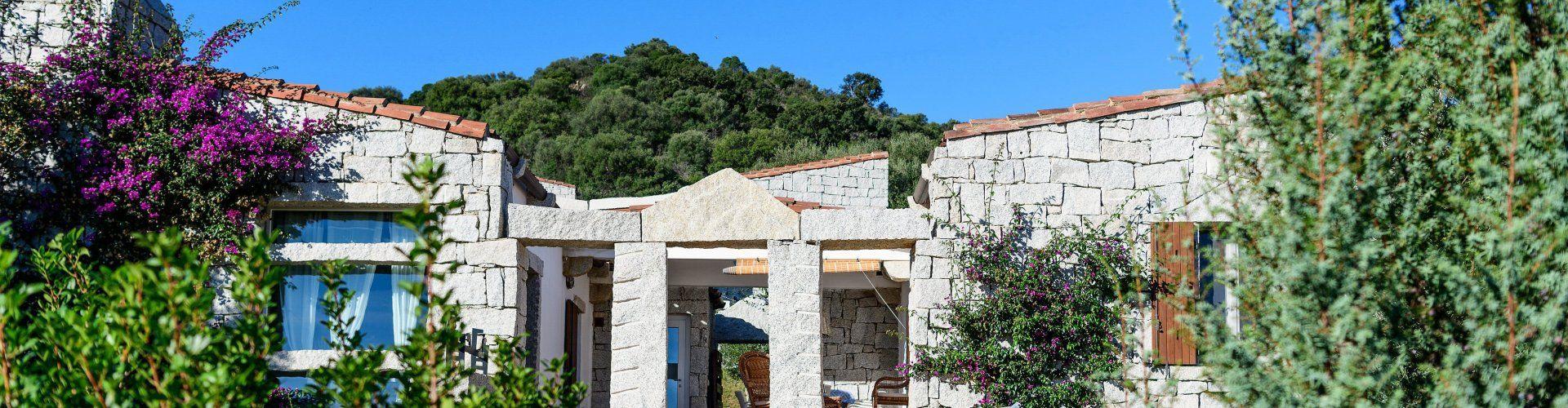 Familienfreundliche Villa mit Traumterrasse im Südosten Sardiniens