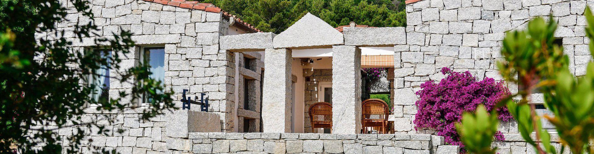Ferienhaus im Südosten Sardiniens mit Gemeinschaftspool in Cala Sinzias