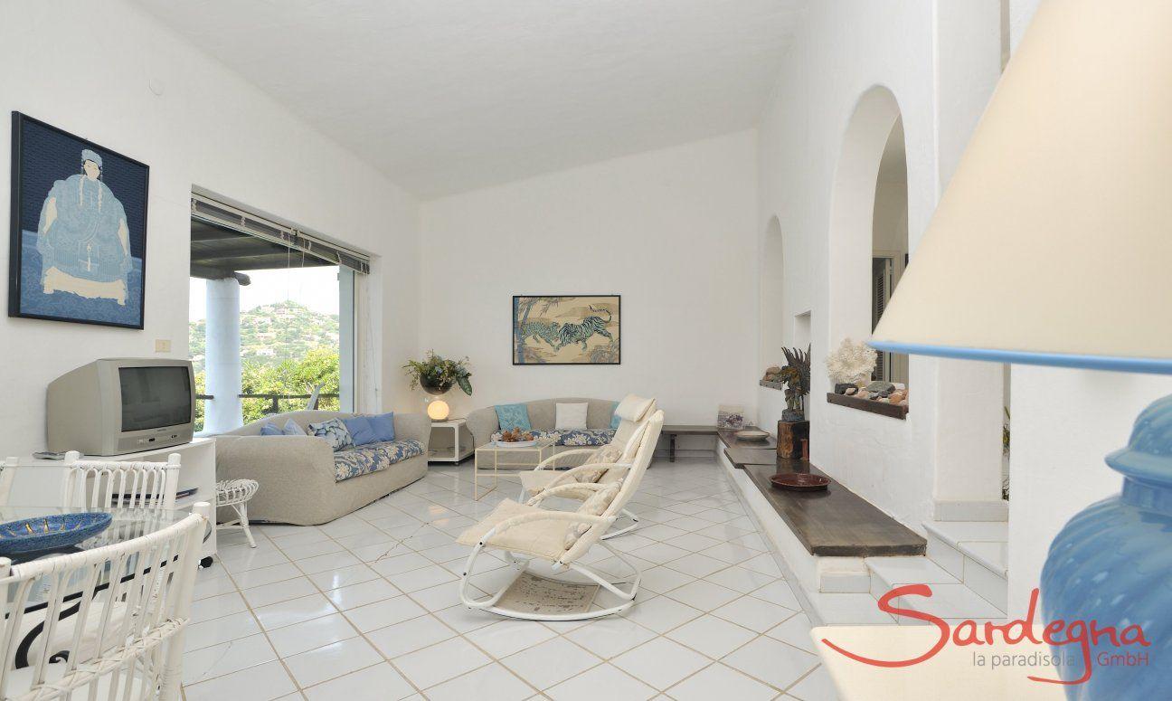Großes helles Wohnzimmer mit Terrassenzugang Villa Bella