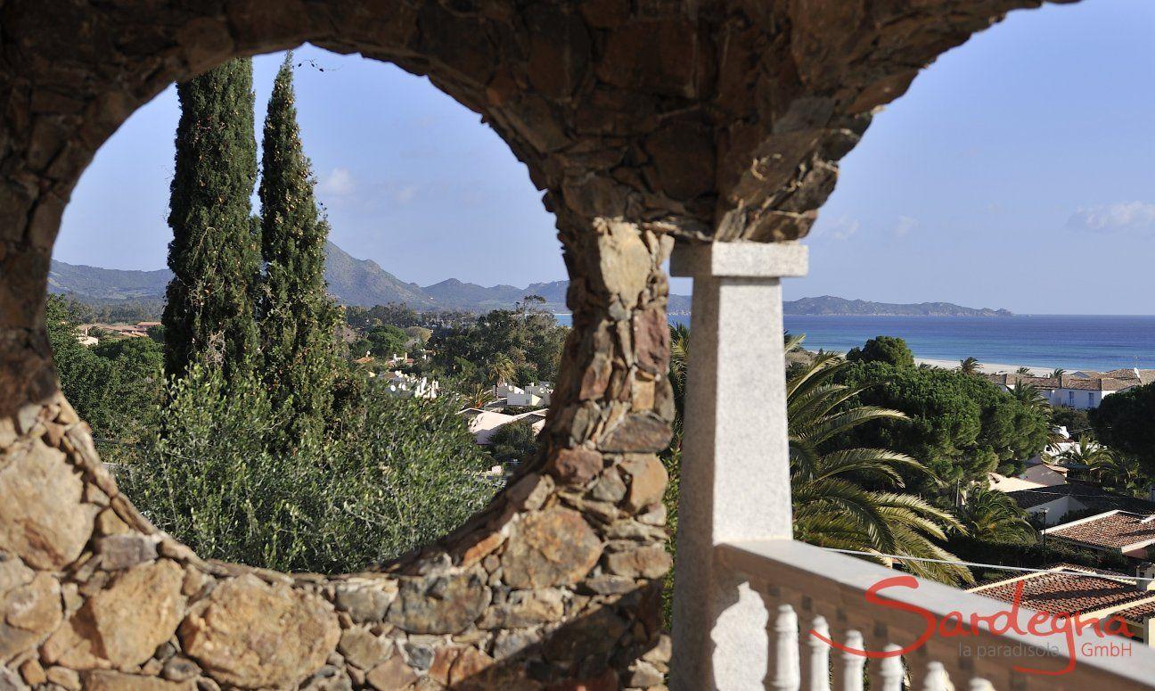 Veranda und Blick auf das Meer der Costa Rei