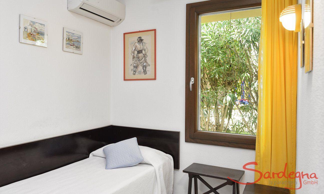 Helles Schlafzimmer 4 mit Einzelbetten