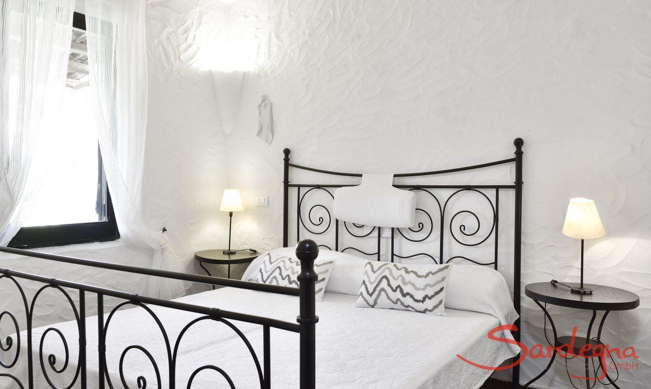 Helles Schlafzimmer  Villa Serena, Costa Rei