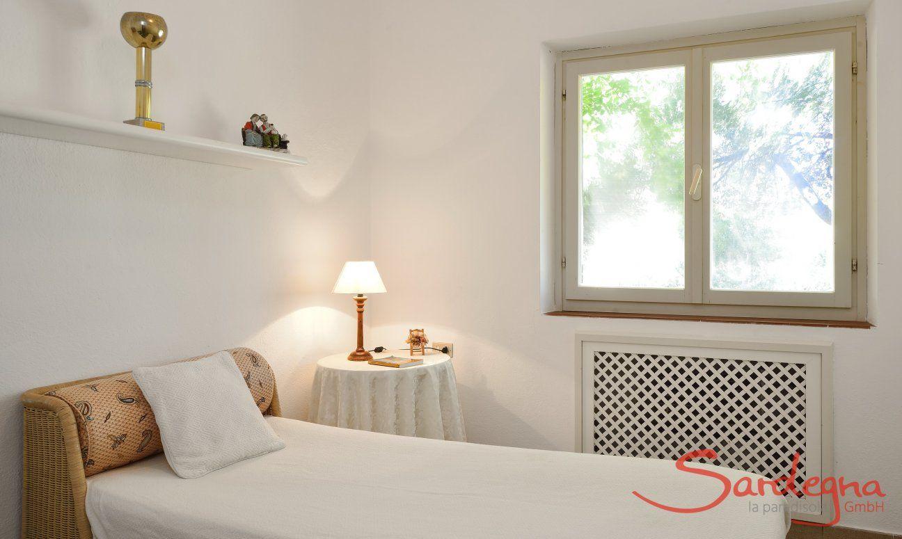 1. Schlafzimmer Parterre mit Einzelbett