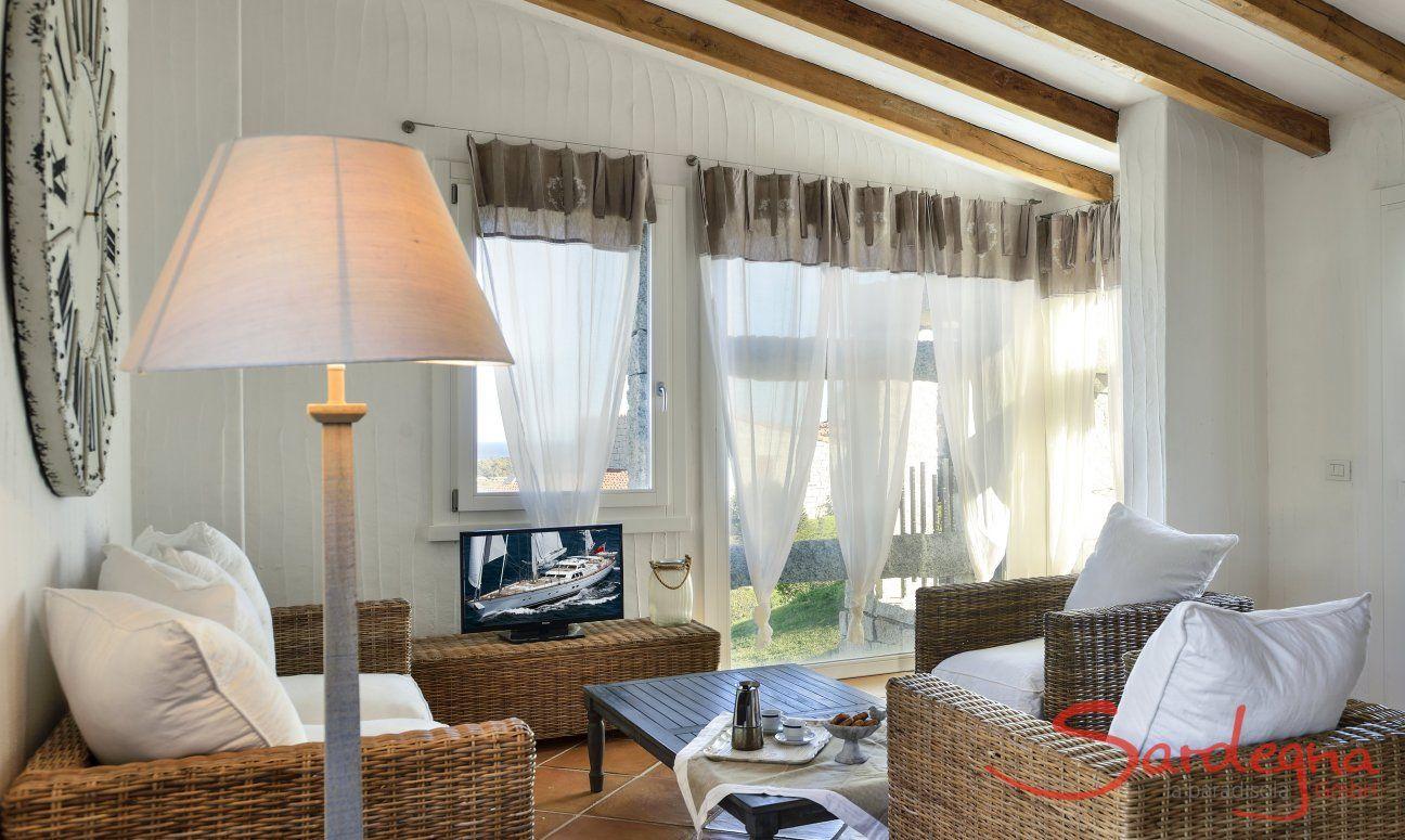 Sofagarnitur im Wohnzimmer von Li Conchi 9, Cala Sinzias