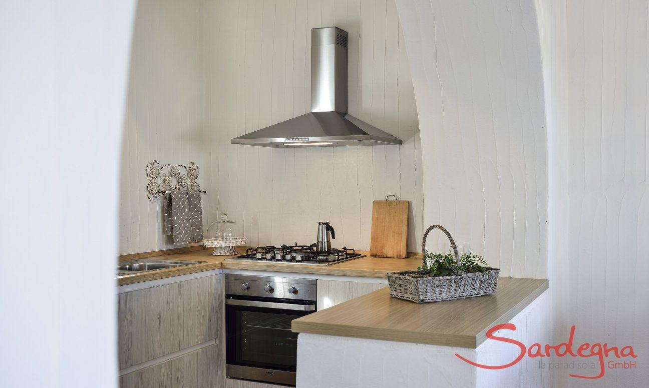 Küche mit Gasherd, Ofen und Spülmaschine Li Conchi 9, Cala Sinzias