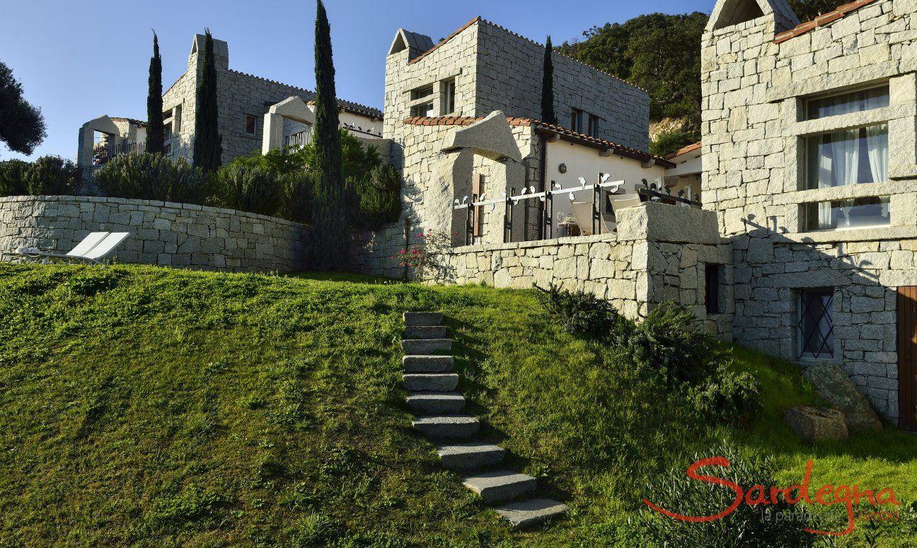 Treppe zum Garten und Haus, Li Conchi 10, Cala Sinzias