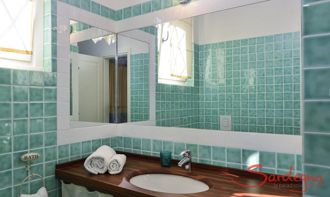 Bad mit Dusche Li Conchi 10, Cala Sinzias