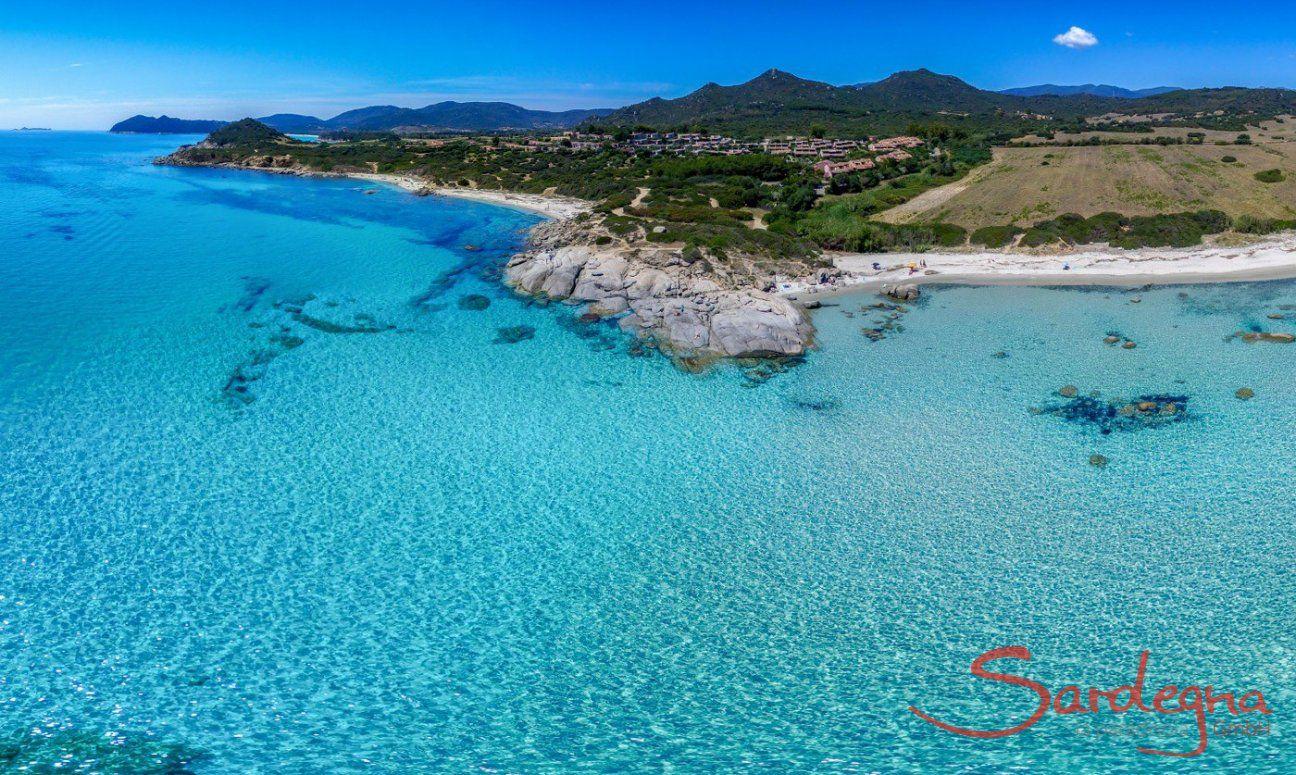 Kristallklares Meer von Sant Elmo, Südsardinien