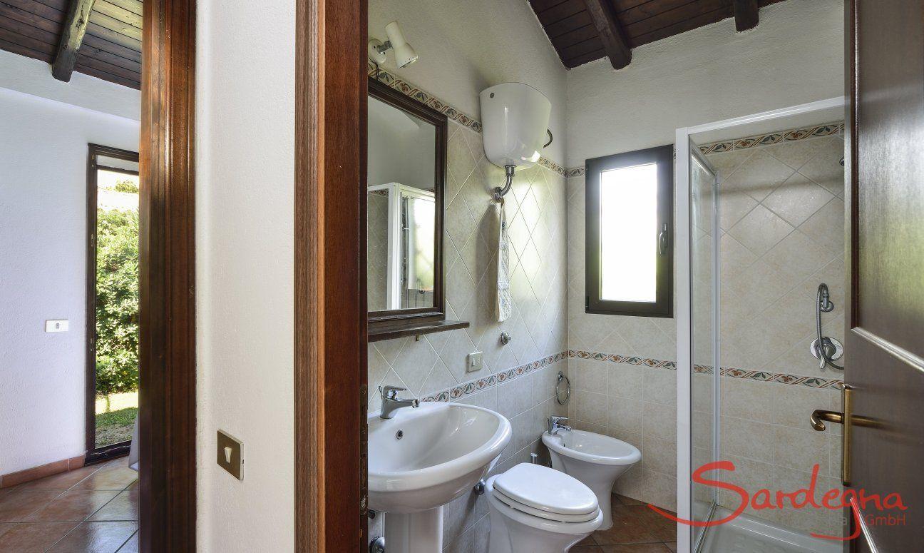 Bad 2 mit Dusche und Bidet