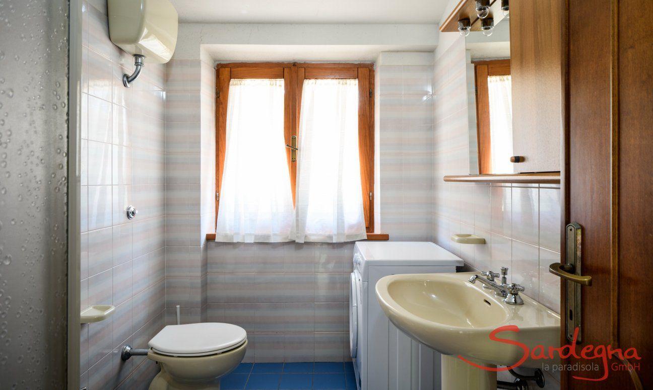 Badezimmer 2 mit Waschmaschine