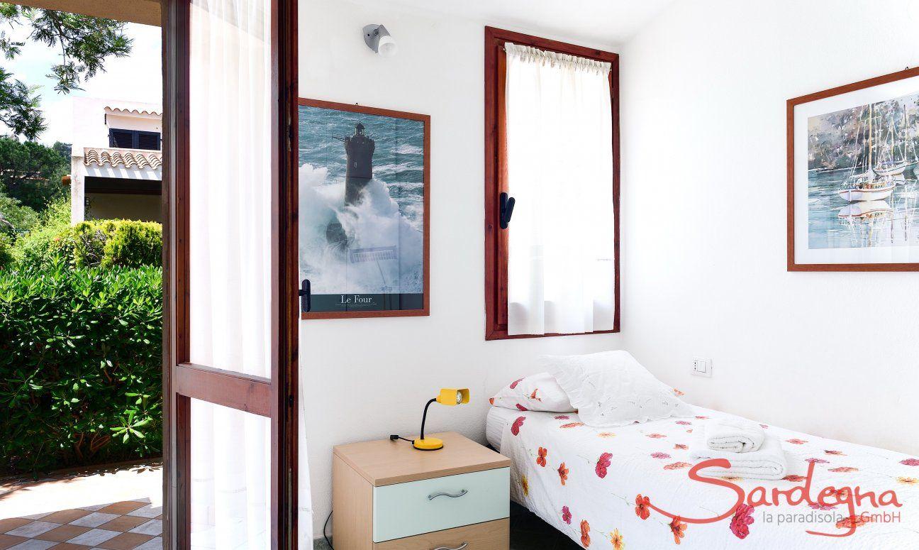 Schlafzimmer 2 mit Einzelbett