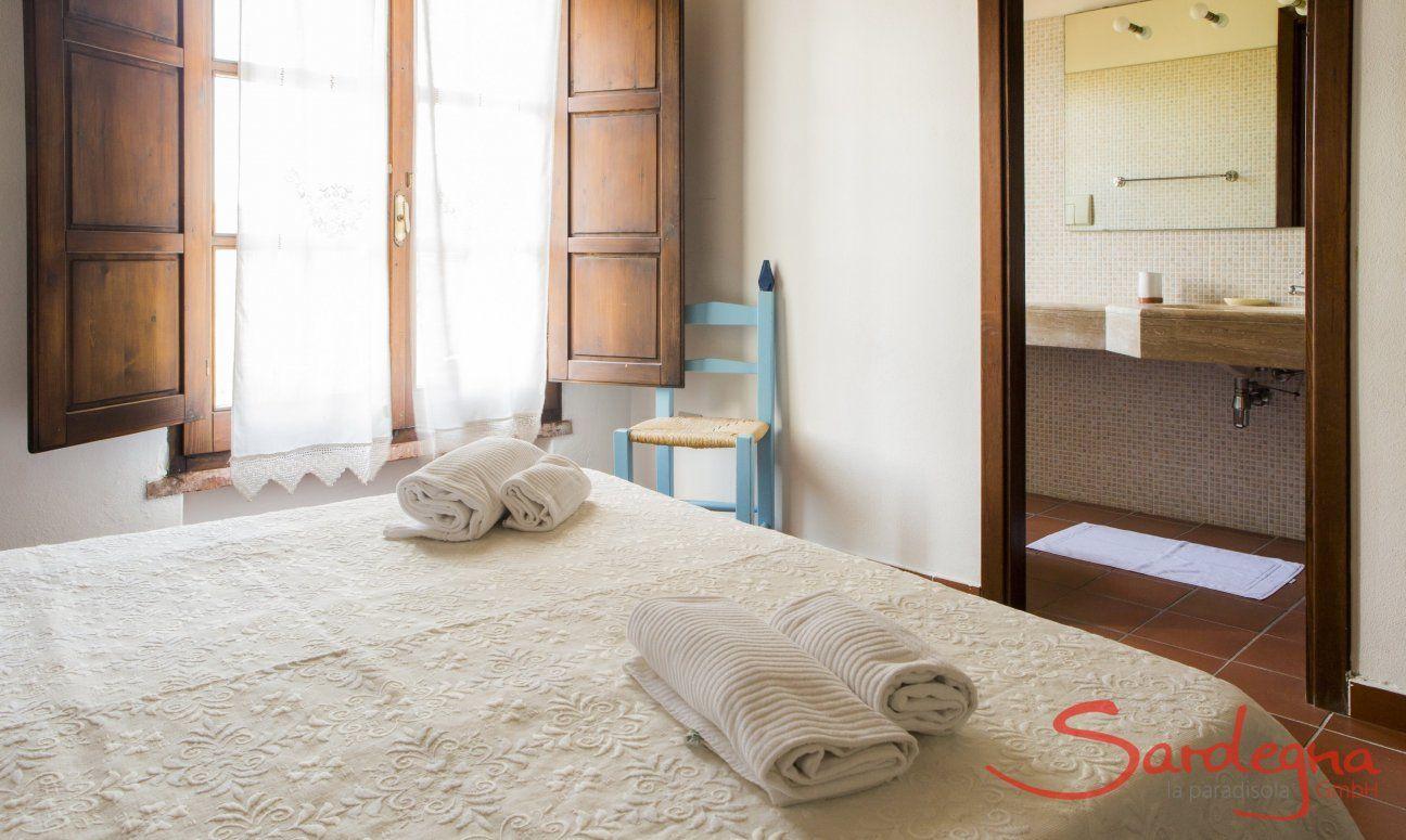 Schlafzimmer 4 mit Ensuite-Badezimmer