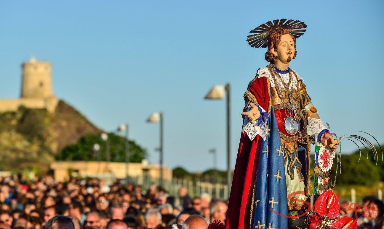 Das traditionelle Fest zur Feier des Schutzheiligen Sant Efisios findet jedes Jahr vom 1.-4. Mai in Pula statt