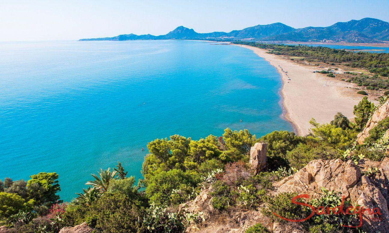 Der lange Strand von Torresalinas bis zur Costa Rei