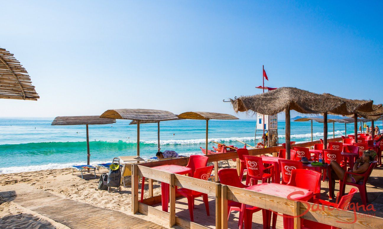 Essen und Trinken direkt am Meer der Costa Rei