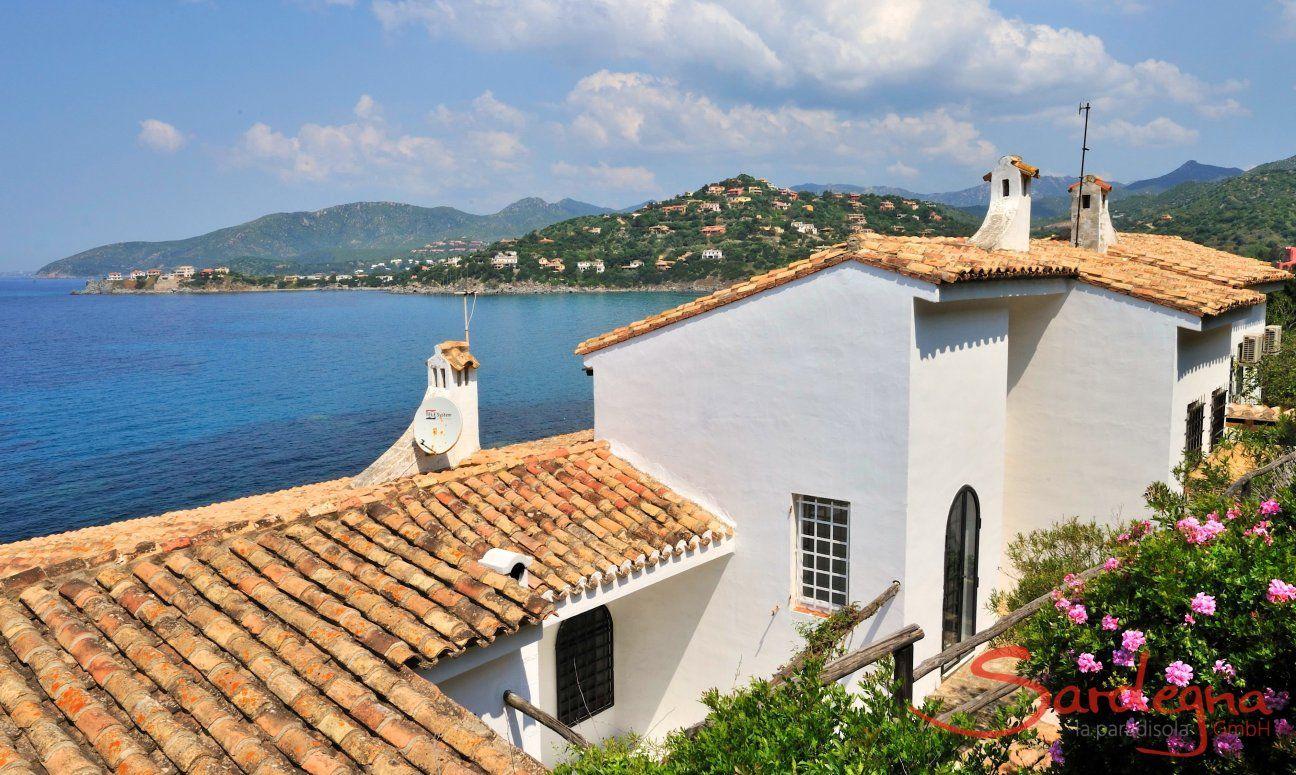 Villa Bella liegt direkt am Meer in Torre delle Stelle