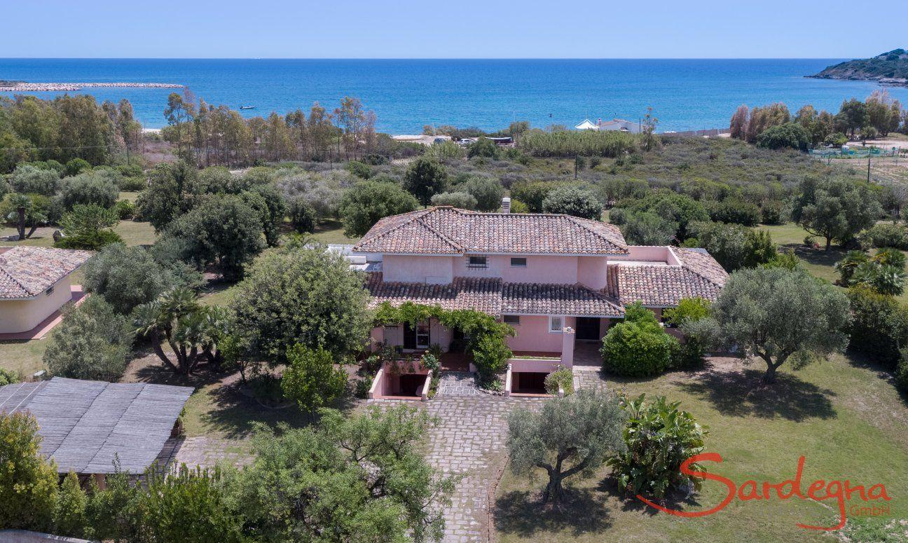 Luftaufnahme Villa Mimosa Is Suergius, Pula