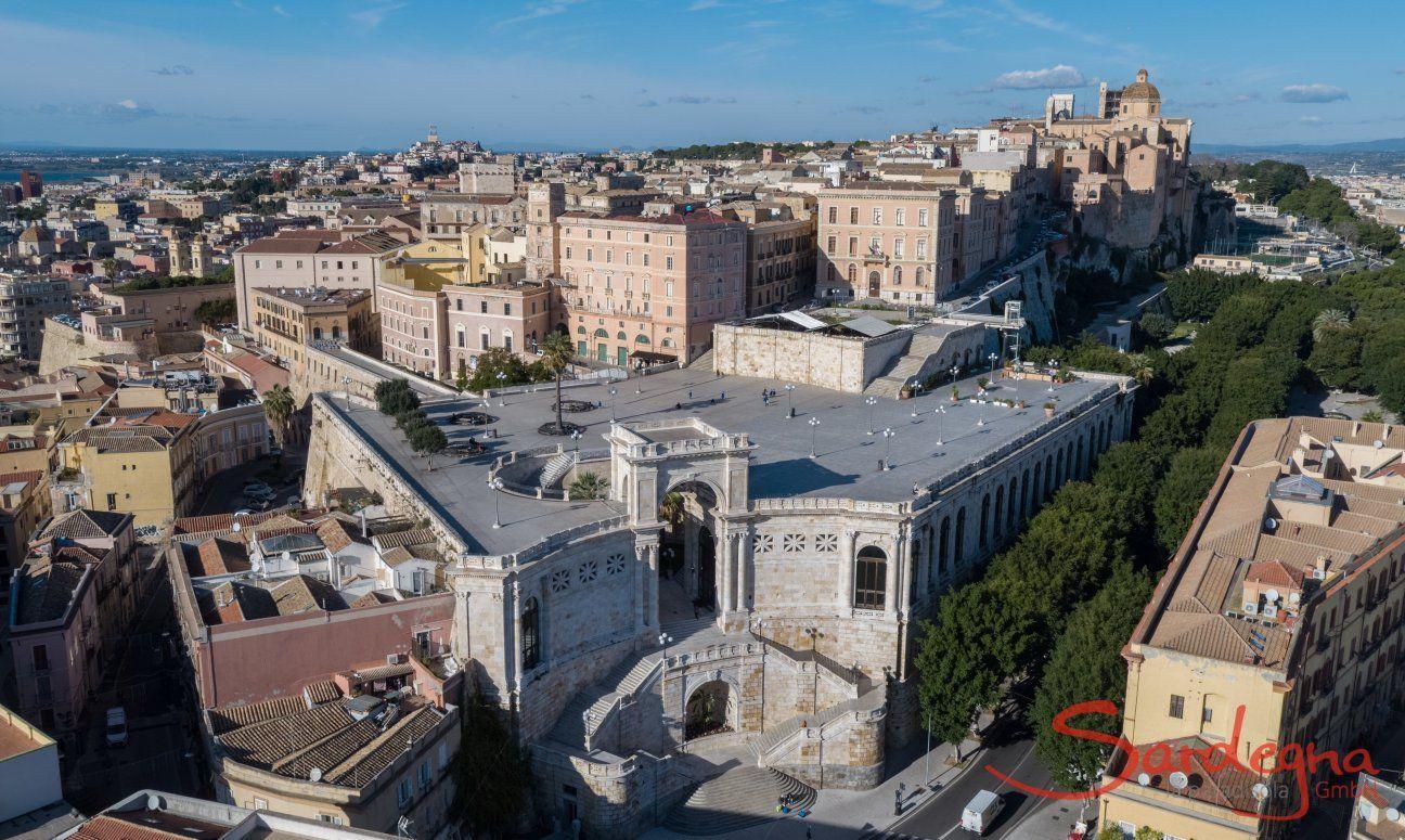 Blick auf die Bastione und die Altstadt Castello