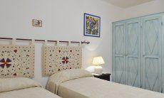 Schlafzimmer 1 mit zwei Einzelbetten