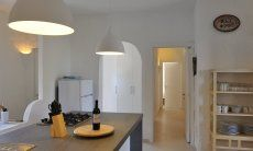 Modernes, helles Wohnzimmer