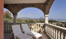 Relaxen auf der Terrasse der Castededdu 2
