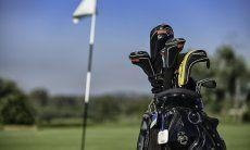 Golfplatz Is Molas | Golftasche und Golfschläger