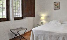 5. Schlafzimmer EG mit Doppelbett