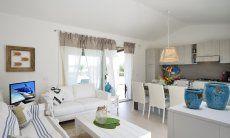 Wohn-, Esszimmer und Küche von  Villa Campidano 20