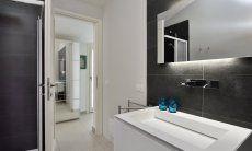 Modernes Bad mit Dusche  Villa Campidano 21