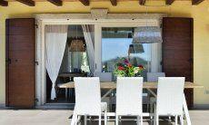 Esstisch im Freien bei  Villa Campidano 20