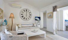 Wohnzimmer mit Couch  Villa Campidano 21
