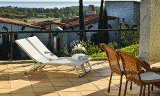 Terrasse mit Sonnenliegen und Meerblick Li Conchi 10, Cala Sinzias