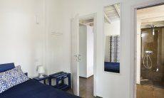 Schlafzimmer 2 mit modernem Bad