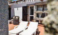 Private Terrasse von Casa 24 mti Sonnenliegen und Aussensofa, Sant Elmo