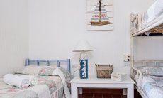 Schlafzimmer 2 mit Einzelbett und Stockbett