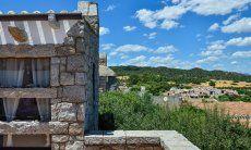 Casa 24, ein Granithaus eingebettet in die sardische Natur