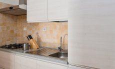 Vollausgestattete, moderne Küche