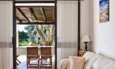 Direkter Terrassen-und Gartenzugang vom Wohnbereich aus