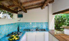 Aussenküche mit Spüle und Kochstelle