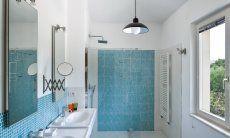 Badezimmer 2 mit ebenerdiger Dusche