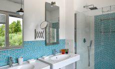 Badezimmer 2 mit zwei Waschbecken