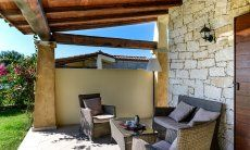 Sofamöbel auf der überdachten Terrasse von  Villa Campidano 21