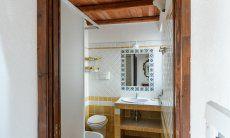 Badezimmer 2 mit Dusche und Bidet