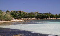 Kleine Traumbucht Spiaggia dei Sassi an der Küste von Porto Rotondo