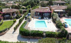 Hausdarstellung Villa Maestrale, Cala Ginepro, Nordsardinien