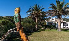 Eulenstatue mit Garten Villetta 3 Costa Rei