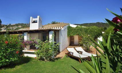 Villa Kika Garten und Hausansicht